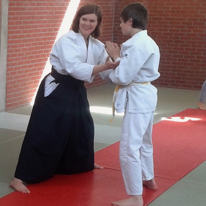 Carinne Huygens - 1ste Dan Aikikai - Initiator BLOSO - Instructeur B BLOSO